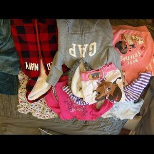 Bundle of 7 3t Girl's Sweatshirts